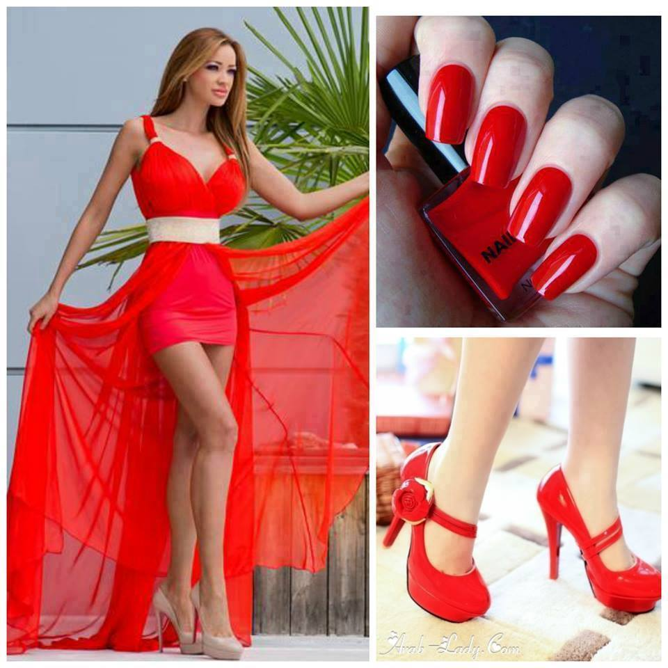kırmızı kadın mini elbise tırnak ayakkabı kombinasyonu