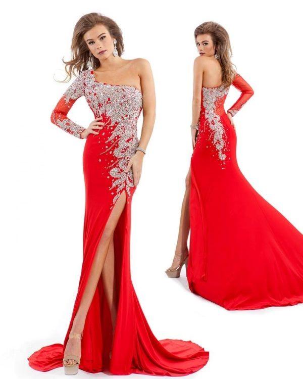 kırmızı tek omuzlu yan yırtmaçlı işlemeli abiye elbise modeli