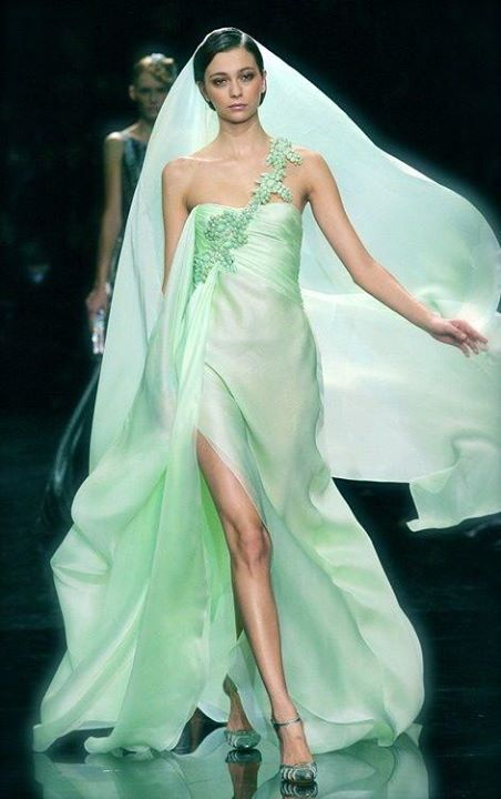 su yeşili yan yırtmaçlı şık gece elbisesi