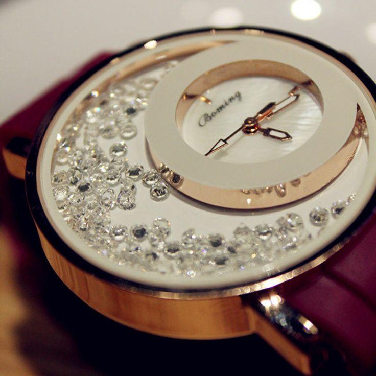 özel tasarım pırlanta altın saat modeli