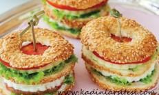 Susamlı Simit Sandviç Tarifi