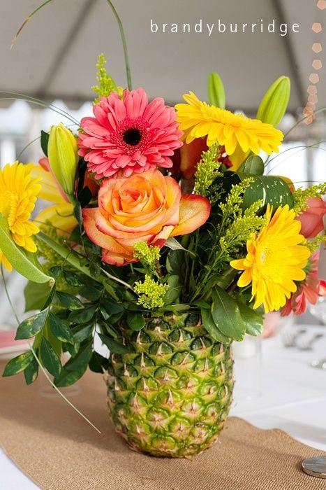 ananas saksılı dekoratif çiçek modeli
