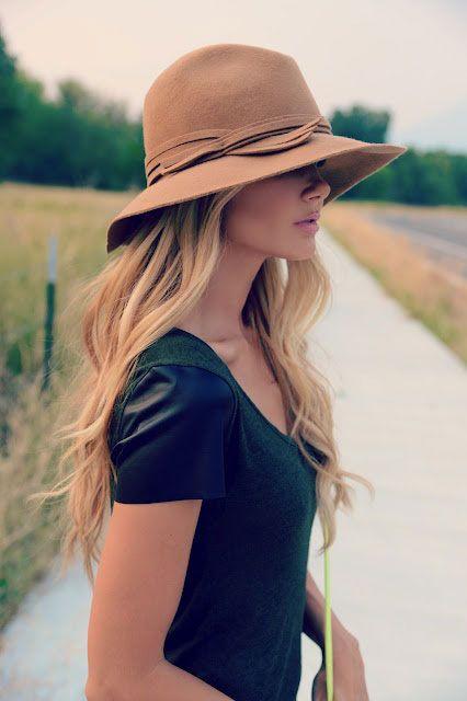 bej rengi şapka modeli