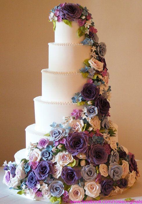 gül bahçesi temalı düğün pastası