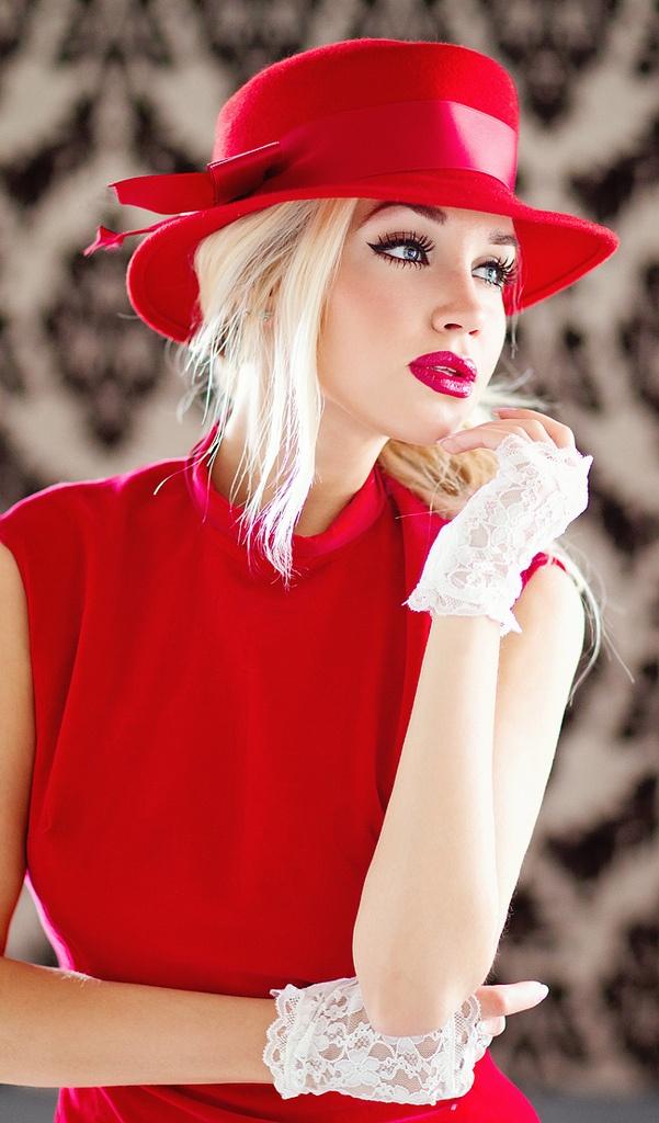 kırmızı şapka modeli