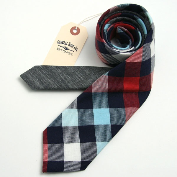 kareli kravat modeli