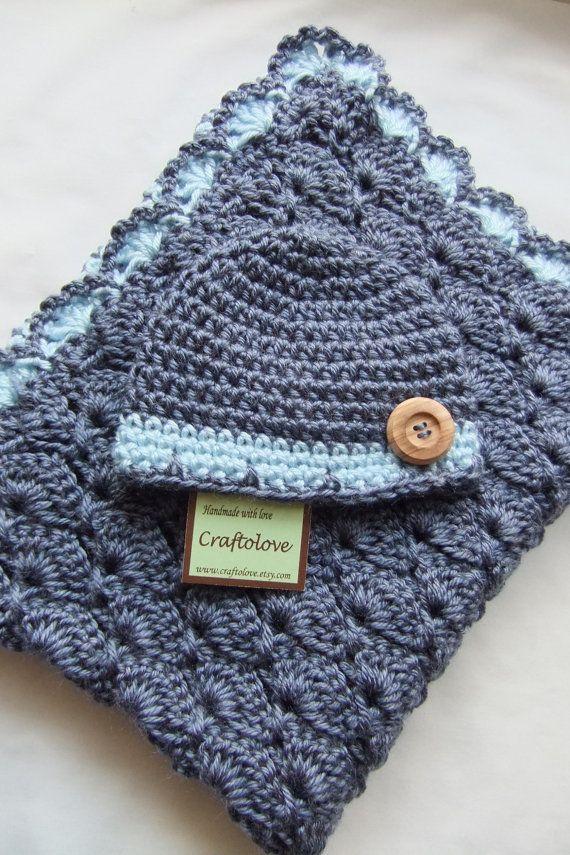 koyu mavi örgü bebek battaniye modeli