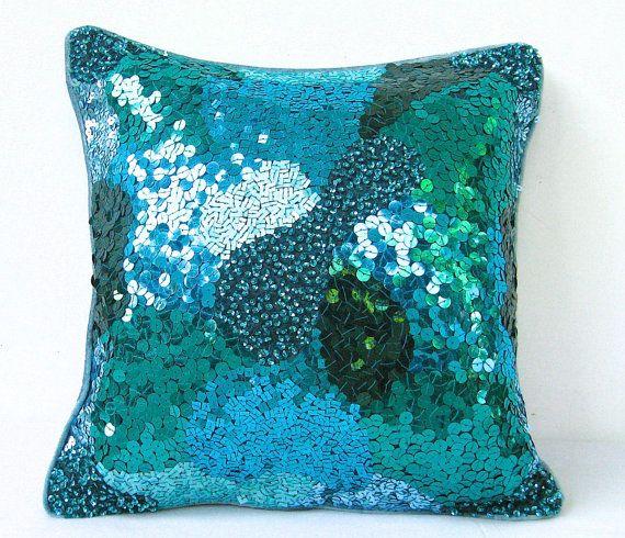 mavi laci payetli yastık modeli