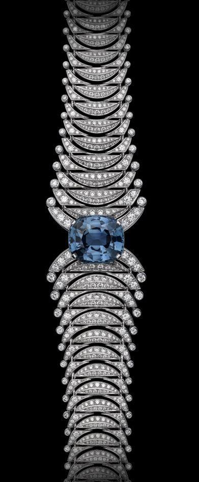 mavi taş detaylı pırlanta bileklik modeli