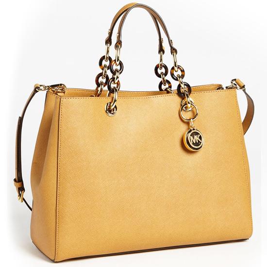 michael kors tasarım sarı çanta modeli