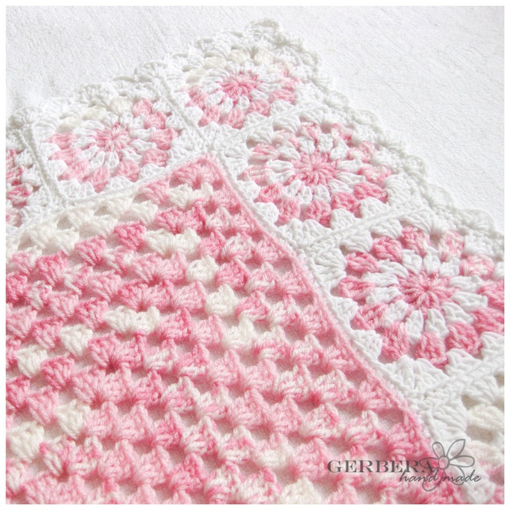pembe beyaz motifli bebek battaniye modeli