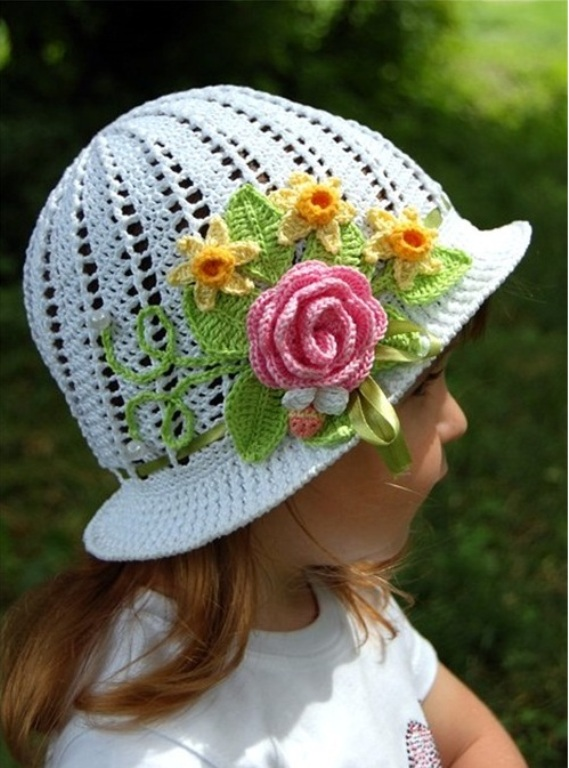 Harika Tığ İşi Çocuk Şapkası
