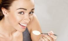 Göbek Eriten ve Hızlı Kilo Vermek İçin Yoğurt Kürü