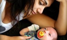 Bebeğinin Babasını Bulmak İçin Bakın Ne Yaptı
