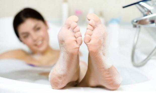çatlak topuk tedavisi