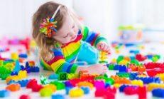 Çocuğunuz İçin Oyuncak Seçerken Dikkat Etmeniz Gereken Altın Kurallar