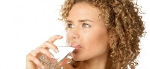 Зачем при диете пить много воды? И какую именно? Кто